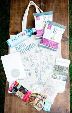 Whether you're throwing a destination wedding or a hometown affair, you'll need an epic wedding welcome bag to set the tone for your guests. Wedding Guest Bags, Beach Wedding Favors, Nautical Wedding, Destination Wedding, Wedding Souvenir, Rustic Wedding, Wedding Weekend, Home Wedding, Dream Wedding