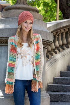 María Cielo: la magia del crochet Crochet Dog Clothes, Crochet Jacket, Crochet Cardigan, Freeform Crochet, Crochet Yarn, Crochet Hooks, Fashion Sewing, Crochet Fashion, Moda Crochet