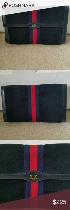 Authentic Vintage Gucci Suede & Leather Clutch Exterior is in Excellent Condition. Interior has sign of wear. Fast Immediate Priority Shipping! Please visit my closest for additional designer items. Thank you. Gucci Bags Clutches & Wristlets