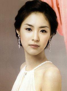 Jin Se Yeon and Choi Jin Hyuk (Throwback drama My daughter the Flower )