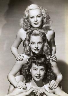 speedemon666:  forties-fifties-sixties-love:  June Haver, Vivian Blaine, and Vera-Ellen  Beauty.