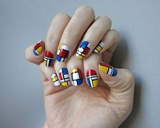 The iconic gridded paintings of Piet Mondrian have inspired many a modern design from food to fashion. Nail Swag, Nail Bling, Trendy Nails, Cute Nails, Hair And Nails, My Nails, Color Block Nails, Mondrian Art, Cool Nail Designs