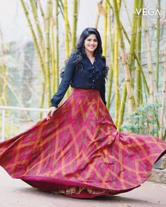 Megha Akash hot images and semi nude photos from latest photoshoots are sensational. Here are the hot pics of Megha Akash in bikini, saree, and jeans. Party Wear Indian Dresses, Designer Party Wear Dresses, Indian Gowns Dresses, Indian Fashion Dresses, Indian Designer Outfits, Ethnic Fashion, Hijab Fashion, Women's Fashion, Fashion Trends