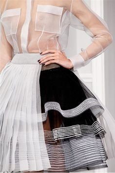 sheer white organza top, black & white organza tiered & pleated skirt (Christian Dior Haute Couture Spring Summer 2012 Shows Vogue Italia) Dior Haute Couture, Style Couture, Couture Details, Fashion Details, Couture Fashion, Runway Fashion, Fashion Art, High Fashion, Fashion Show