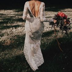 Laters, babe. #sexyswagger #marriedminx #ivorytribe gown @dreamersandlovers_ photo @indiaearl