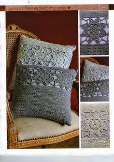 20 Patterns of Crochet Cushions Crochet Pillow Cases, Crochet Cushion Cover, Crochet Cushions, Crochet Bedspread Pattern, Crochet Motif, Crochet Stitches, Crochet Patterns, Quick Crochet, Love Crochet