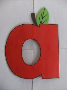 Zelfgemaakt alfabet letter a. appel