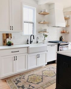 From bold design choices to affordable appliances, our kitchen decorating ideas and inspiration pictures will help make this everyone's favorite #kitchendecorthemes