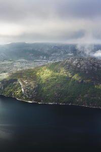 Preikestolen, Norway HTC Butterfly Wallpaper