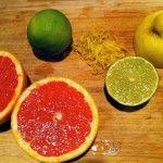 Vitamine C op overschot? In februari zijn citrusvruchten zoals citroen, pompelmoes en appelsienen volop in seizoen. Ideaal want ondertussen kunnen we allemaal wel een vitamine C boost gebruiken! Even een round-up van wat voor lekkers je van die verdwaalde exemplaren in je frigo-lade kan toveren.