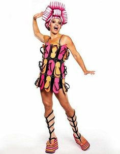 New York's Drag Queen Shows for over 20 YEARS! Dinner, Drinks & Drag Show nightly. Celebrate your birthday or bachelorette party at Lips NYC Movie Costumes, Dance Costumes, Halloween Costumes, Drag Queens, Star Fancy Dress, Priscilla Queen, Hugo Weaving, Fashion Show, Fashion Outfits