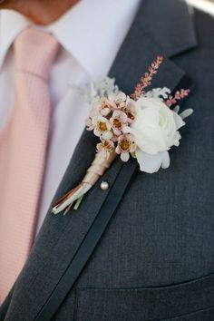 Blush Pink Tie and Boutonniere, how to incorporate pink in grooms outfit, perfect amount of pink