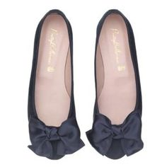 Marilyn · Navy suede satin bow