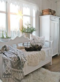 full of beautiful decorating and creativeness to inspire and delight anyone who embraces shabby, vintage, cottage, farmhouse and romantic living. Decor, Interior, Farmhouse Decor, Shabby Chic Cottage, Cottage Decor, Swedish Decor, Home Decor, House Interior, Interior Design