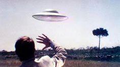 PARANORMAL EVIDENCE CAUGHT ON CAMERA: UFO SIGHTING CAUGHT ON CAMERA