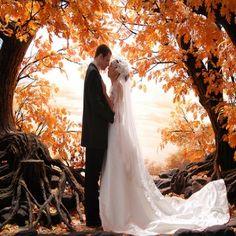 BEST FALL THEMED WEDDING IDEAS