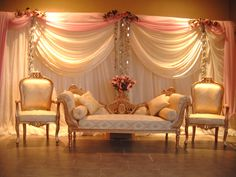 Unique Wedding Decorations | We have some excellent Mehndi Stages with the latest design and decor ...