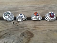 Ring met kraal! www.facebook.com/doetinchemmadeliefjes