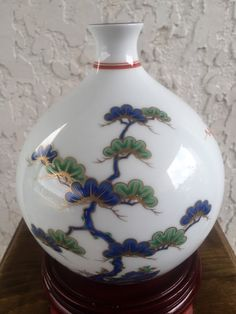 Rare Fukagawa Vase 書築倍 Shochikubai Three Friends of Winter, Pine, Bamboo, Plum.  (View 1 - Pine)