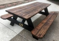 My picnic table makeover turned out better than I expected. My picnic table makeover turned out bett Painted Picnic Tables, Picnic Table Bench, Outdoor Picnic Tables, Patio Bar, Patio Seating, Backyard Patio, Backyard Ideas, Garden Ideas, Pinic Table