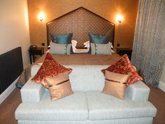 'The Quays' Room