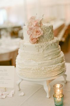 how to defrost wedding cake after 1 year cupcake traditional and cakes on 15698
