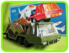 K114 BattleKings Aircraft Transporter (wrong box)