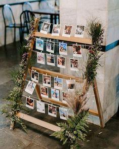 Inspiração mais linda para decoração de Chá Bar. #estilopolaroid #fotografia #decoração #criativa #decor Polaroid, Bridal Shower Decorations, Photo Wall, Decor Ideas, Frame, Instagram, Home Decor, Window Wall Decor, Refrigerator Magnets