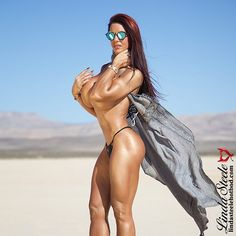 I will have one HOLIDAY photo shoot in Chicago!  The next trip will be to VEGAS in January!  #TEAMSTEELE ️♀️ #FITNESSMODEL #BIKINIMODEL