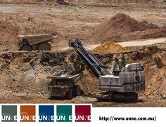 #unne#corporativo#transportes#cal#agregados#intermodal CORPORATIVO UNNE te dice ¿qué es la  Minería de tajo largo? La minería tajo largo utiliza máquinas de entibación progresiva hidráulica mientras que el mineral se extrae y se coloca sobre cintas transportadoras. Estos apoyos son temporales hasta que se termina de minar. Esta práctica es más eficiente, pero la maquinaria es más cara. http://www.unne.com.mx/