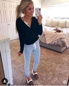 Lazy Day Outfits – Page 6446426169 – Lady Dress Designs Cute Comfy Outfits, Cute Fall Outfits, Mom Outfits, Fall Winter Outfits, Spring Outfits, Trendy Outfits, Fashion Outfits, Womens Fashion, Cute Lounge Outfits