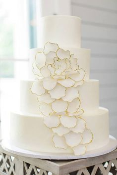 Wedding Cakes Featuring Bright Colors - MODwedding