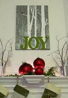 DIY Chritmas Canvas - I could totally make this (source: Justthebeesknees)