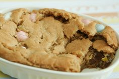 deep dish chocolate chip cookie,,, sounds like possible pazooki recipe sighting.. uh oh!
