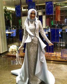 Hasta da olsam #tbt gününü kaçırmam #hautecouture#nişan#nişanlık#kına#henna#engüzelgelinler#düğün#engagement #gelin #gelinlik #gelintacı #eveningdress #wedding #weddingdress #henna#fashion #fashionblog #fashionblogger #hautecouture #hautecoutureblogger #hautecouturedesigner #dresmaking #dressmaker #shoes#details #bride #bridal#bursa#handmade #handansengel