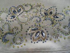 Картинки по запросу вышивка пайетками и бисером на одежде