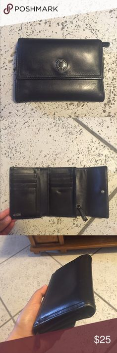 COACH Wallet Great Condition! Minor scratches that are not really noticeable. Has multiple compartments:) the only dirty part is the coin compartment. Everything else is great ! :) Coach Bags Wallets