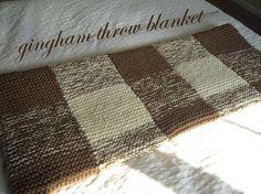 Gingham knitted blanket