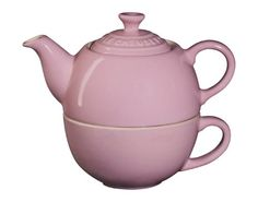Le Creuset Tea For One - Pink - http://cookware.everythingreviews.net/4637/le-creuset-tea-for-one-pink.html. Love mine
