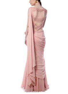 Shop Light Pink Drape Saree from Mandira Wirk Saree Gown, Sari Dress, Saree Blouse, Sleeveless Blouse, Wedding Dresses Men Indian, Indian Dresses, Wedding Sari, Indian Outfits, Bridal Dresses
