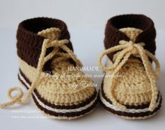 Crochet baby booties, baby shoes, boots, sneakers, golden sand, cream, brown , READY TO SHIP, photo prop, size 3-6 months, gift