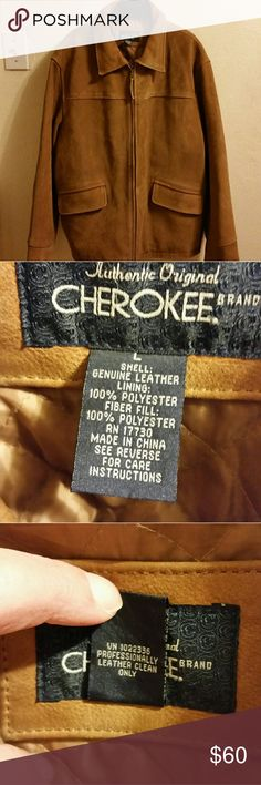 Beautiful Men's Suede Jacket EUC. The only flaws are a small area of peeling material and material attached to zipper is cracking. Both are shown in pic #4. No other issues.  Color is light brown.  2 outer pockets, 2 inner pockets.  Material list in pic #2. PROFESSIONAL LEATHER CLEAN ONLY!   Price reflects flaw. Cherokee Jackets & Coats
