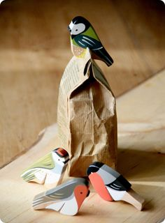 kid & capucine is offline Fun Crafts, Diy And Crafts, Crafts For Kids, Wood Animal, Small Wood Projects, Intarsia Woodworking, Wooden Bird, Wood Ornaments, Wooden Crafts