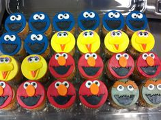 Sesame street cupcakes (GSSLasVegas), big bird, cookie monster, elmo, grouch