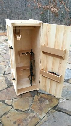 Woodworking With Resin Info: 2986827412 Airsoft Storage, Weapon Storage, Diy Wood Projects, Woodworking Projects, Custom Woodworking, Teds Woodworking, Woodworking Books, Woodworking Classes, Woodworking Videos