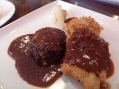 -Kitchen Hasegawa- Half and half Lunch $ 8.00 http://alike.jp/restaurant/target_top/1153245/