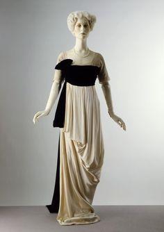 omgthatdress:    Lucile dress ca. 1912 via The Victoria & Albert Museum