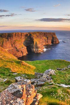 Es ist einer der schönsten Roadtrips Europas: Der wilde Atlantikweg in #Irland. #MietwagenTips gibt Euch hier ein paar Tipps passend für Eure Route: http://www.mietwagen.tips/14-tage-grosse-irland-rundreise-2