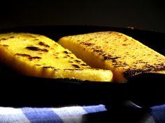 Pitadinha: Polenta grelhada Polenta Frita, Bariatric Recipes, Ravioli, French Toast, Veggies, Treats, Dishes, Cooking, Breakfast