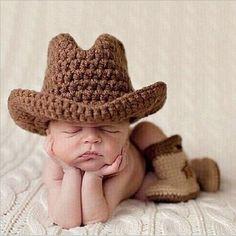 Boys Cowboy Hat, Cowboy Baby Clothes, Baby Boy Cowboy, Cowboy Outfits, Cowboy Photography, Newborn Photography Props, Baby Boy Pictures, Newborn Pictures, Baby Photos